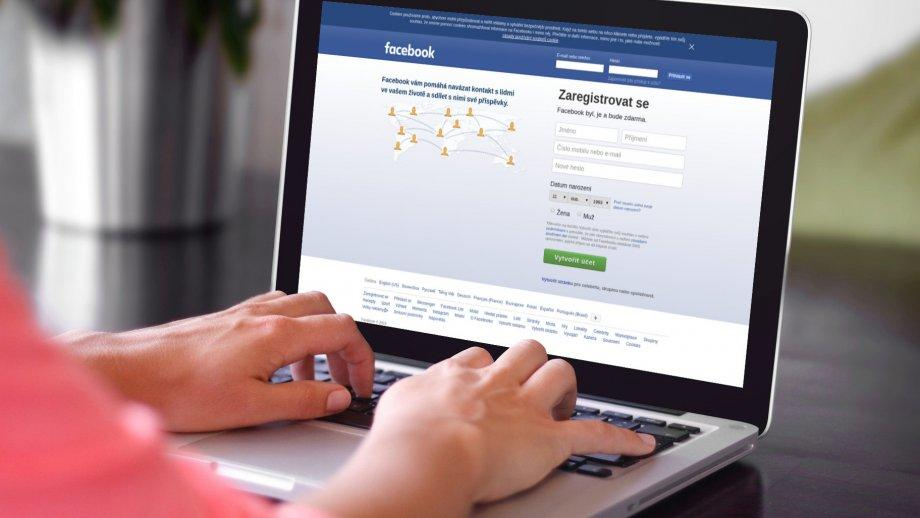 Kam, když ne na Facebook?